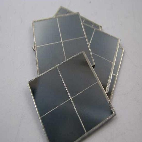 سلول خورشیدی نیم ولت 330 میلی آمپر